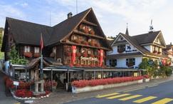 Schloss-Hotel Swiss-Chalet Merlischachen****